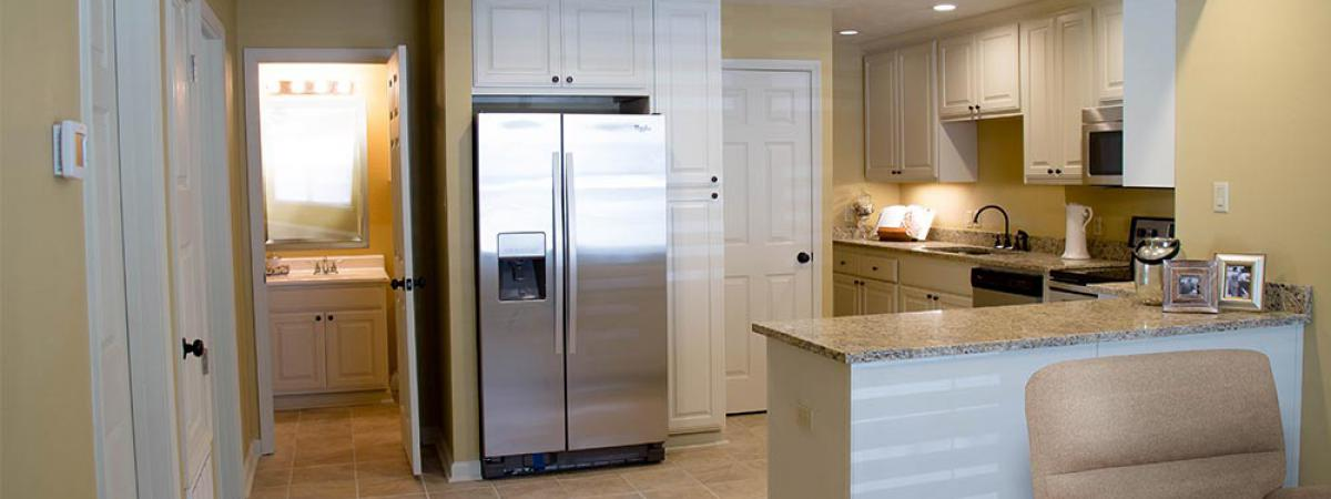 Kitchen with new appliances 2 bedroom apartments for rent in New Llano, LA Leesville, LA